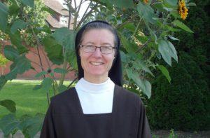 Schwester Sara